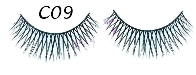 Finesse Natural Look Eyelashes #C09